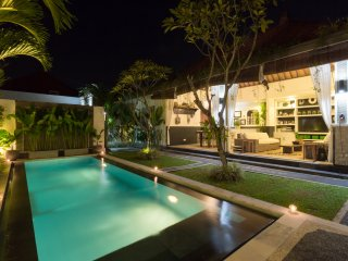 FREE CHEF - Umalas Retreat 2, (2 bed villa) - Seminyak vacation rentals