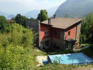 Charming Villa with Internet Access and Satellite Or Cable TV - Menaggio vacation rentals