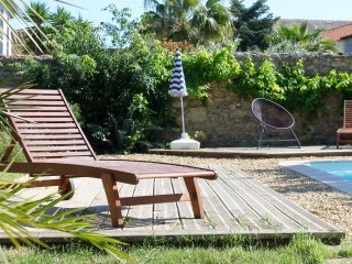 Gorgeous House with Internet Access and Shared Outdoor Pool - Le Somail vacation rentals