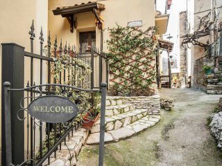 Romantic 1 bedroom Bed and Breakfast in Brienza - Brienza vacation rentals
