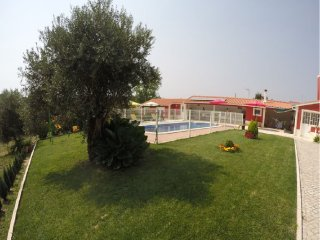 Nice House with Shared Outdoor Pool and Television - Outeiro da Corticada vacation rentals