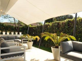 *LAST MINUTE* VILLA GIADA BIANCA Luxury Retreat in Forte dei Marmi - Forte Dei Marmi vacation rentals