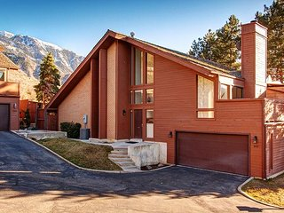 4BR/3BA Phenomenal Ski Retreat, Perfectly Located in the Salt Lake Valley, 12 - Cottonwood Heights vacation rentals