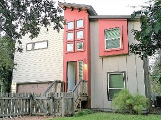 5BR/3BA Superior East Downtown Austin House with Beautiful Views, Sleeps12 - Austin vacation rentals