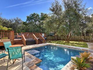 Classic 3BR, 2.5BA 3-Story Austin House w/New Private Pool Near Lake Travis - Buffalo Gap vacation rentals