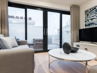Stunning Strand Penthouse with Terrace, sleeps 6 - London vacation rentals
