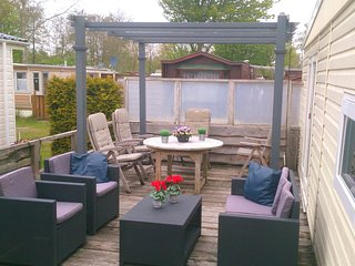 Nice Chalet with Deck and Internet Access - Makkum vacation rentals