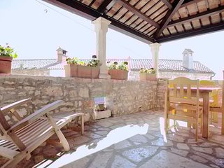 Bright 4 bedroom Villa in Brtonigla - Brtonigla vacation rentals