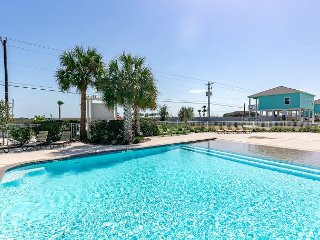 "All New - ""The Cove House"" - Views of the Bay; Walk to Rockport Beach - Fulton vacation rentals"