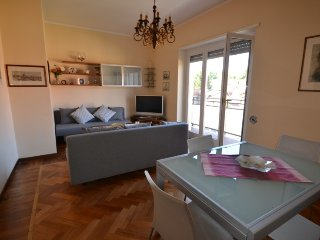 Cozy 1 bedroom Varese Condo with Elevator Access - Varese vacation rentals