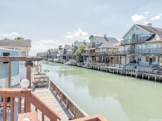 Long Island Canal House w/Private Dock and Waterfront Deck - Port Isabel vacation rentals