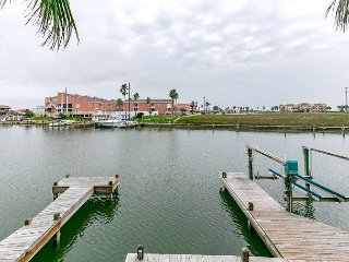 3BR Remodeled Canal Front North Padre Island Condo – Walk to Schlitterbahn - Chapman Ranch vacation rentals