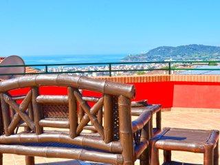 Romantic 1 bedroom Condo in Scauri with Internet Access - Scauri vacation rentals
