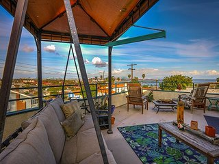 Charming 2BR, 2BA San Pedro Apartment - Harbor Views, Stroll to the Beach - Rolling Hills vacation rentals