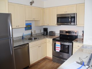 1 block to the Beach! Refurnished in 2017, 2BR/1BA-sleeps 7 - Garden City Beach vacation rentals