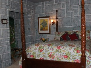 1 bedroom Bed and Breakfast with Internet Access in Caldwell - Caldwell vacation rentals