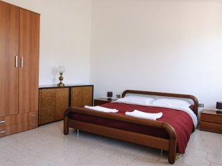 Cozy 2 bedroom Iglesias Bed and Breakfast with Internet Access - Iglesias vacation rentals