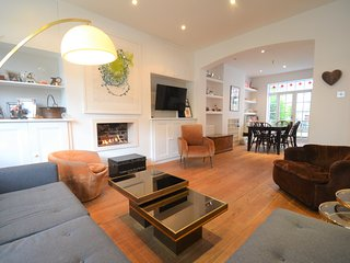Beautiful Family-Friendly Home in London! (Zone 2) - London vacation rentals