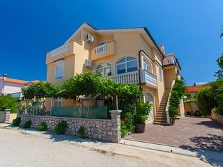 Vacation rentals in Krk Island