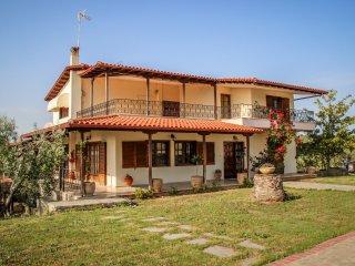 Romantic Villa-Garden, Halkidiki - Nea Moudhania vacation rentals