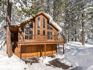 3BR Pine Forest House, Tahoe Donner- Access the Trout Creek Center Amenities! - Truckee vacation rentals