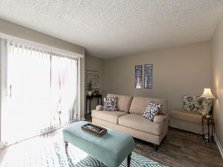 Riverside Nashville 3 Bedroom Condo with Pool – Minutes from Downtown - Nashville vacation rentals