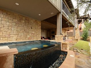 3BR Luxury Villa Reserve at Lake Travis, Sleeps 10 - Spicewood vacation rentals