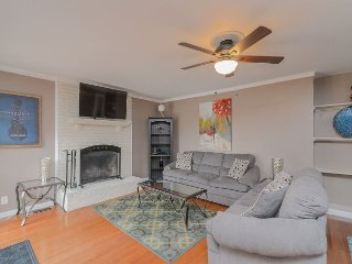 4BR, 2BA Franklin House Near Downtown Franklin, 30 Mins to Nashville - Franklin vacation rentals