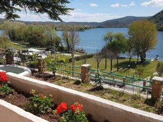 Holyday House on the shore of Lake Pieidluco - Piediluco vacation rentals