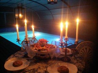 Gîte avec piscine couverte et chauffée au coeur du parc du  Perche proche PARIS - Longny-au-Perche vacation rentals