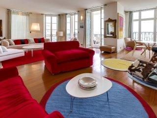 Appartement avec terrasse sur la grande plage de B - Biarritz vacation rentals