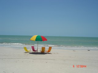 Seaside Penthouse gulf front condo 2BR,2BA,smack on the beach,facing beach,WOW - Fort Myers Beach vacation rentals