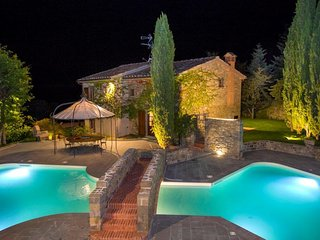 Nice House with Internet Access and Shared Outdoor Pool - Stia vacation rentals