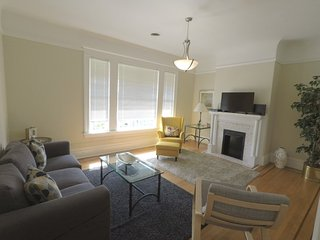 Nice Condo with Deck and Internet Access - San Francisco vacation rentals