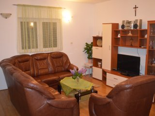Nice Apartment with Television and Microwave - Sibenik vacation rentals
