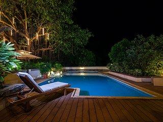 Bright 5 bedroom Alibaug Villa with Patio - Alibaug vacation rentals