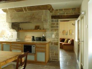 Gemuetliche Ferienwohnung im Château - Pusy-et-Epenoux vacation rentals