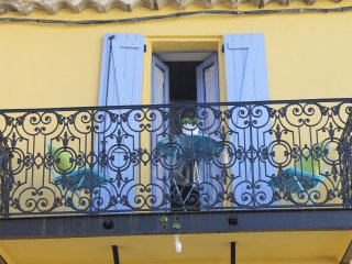 The Little Yellow House South of France - Saint-Nazaire-de-Ladarez vacation rentals