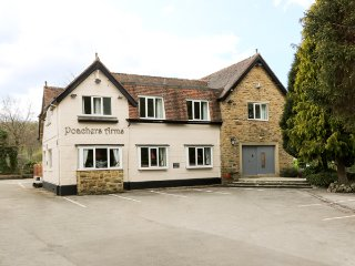 POACHER'S ARMS, all bedrooms with TV and en-suite, games room, in Hope, Ref - Hope vacation rentals