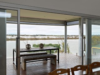 Unwind * 'Muse on the Murray' - Wellington - Wellington vacation rentals