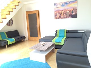 SPRRING PROMO 30% OFF!! Penthouse Loft in Center 3 bdrms, 1ba 2 WC - Prague vacation rentals