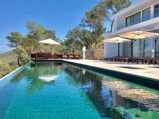 Nice Villa with Internet Access and A/C - Roca Llisa vacation rentals