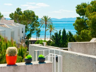 Apartment Minerva - Puerto de Alcudia vacation rentals
