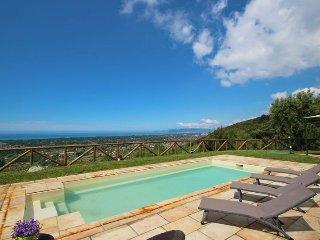 Wonderful 5 bedroom Villa in Strettoia - Strettoia vacation rentals