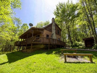 Dogwood | Hocking Hills - Logan vacation rentals