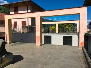 1 bedroom Condo with Shared Outdoor Pool in Paratico - Paratico vacation rentals