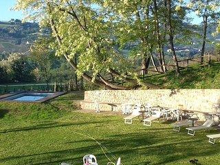 Cà Prosciutto : Suite Dei Mandorli - Roncofreddo vacation rentals