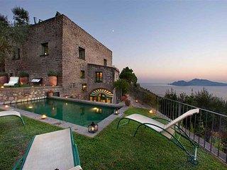 Sorrento Peninsula Villa with Spectacular Views  - Villa Dina - 9 - Marciano vacation rentals