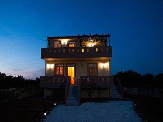 Villa Styliana - Anissaras - near the beach - Anissaras vacation rentals