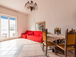 Appartamento 110 mq nel Cuore di Ischia - Ischia Porto vacation rentals